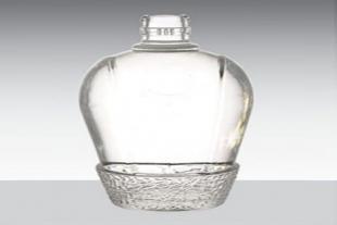 山东高白玻璃酒瓶定制
